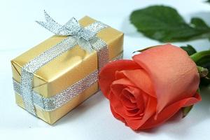 Парфюм подарок фото